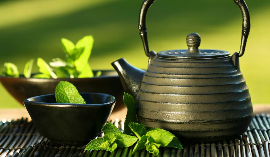 Benefits of peppermint tea and recipe